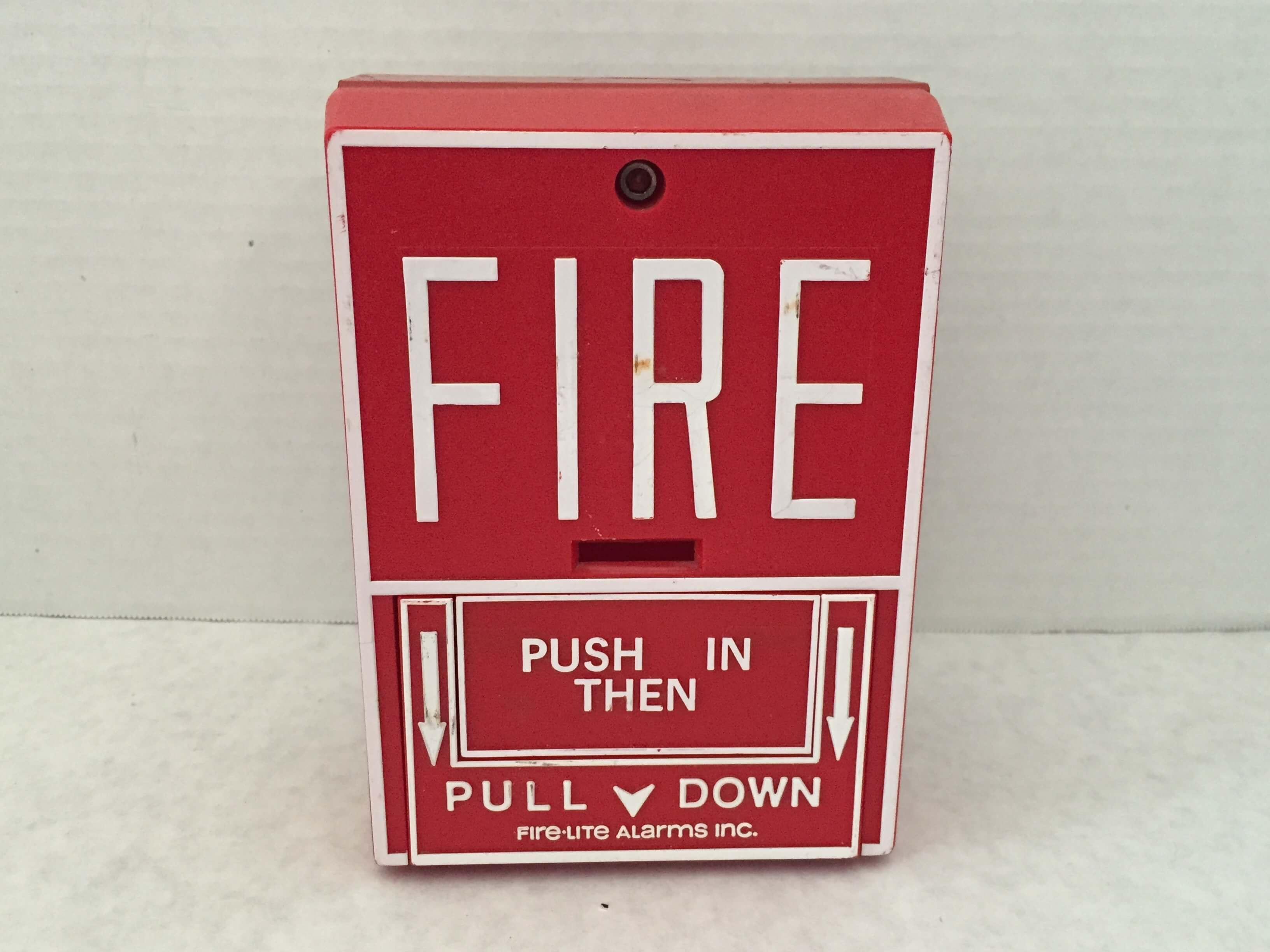 BG-10 Firelite Pull Station